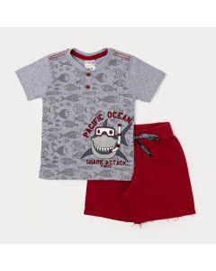 Conjunto de Menino Camiseta Cinza Tubarão com Botão e Bermuda Vermelha