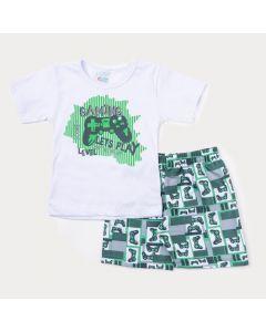 Conjunto Duas Peças Infantil Masculino Blusa Branca Game e Bermuda Verde Estampada