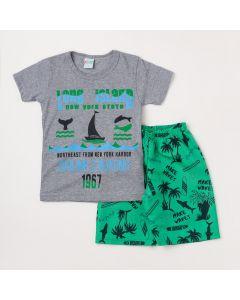 Conjunto Masculino Infantil Camiseta Cinza Oceano e Bermuda Verde Estampada