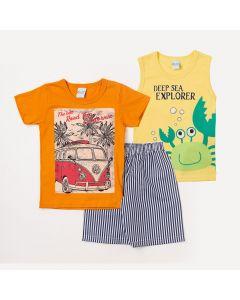 Conjunto para Menino 2 Camisetas Estampadas e 1 Bermuda Branca com Listras Azuis